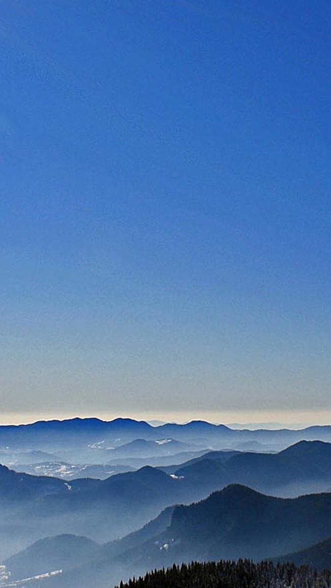 搜图123提供独家原创风景蓝色天空远山h5背景素材下载,此素材图片已被